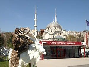 Istanbul Modern on huipputason modernin taiteen museo.