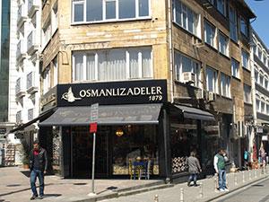 Osmanlizadeler on paratiisi hyvän turkkilaisen kahvin sekä makeiden leivonnaisten ja jälkiruokien ystäville.