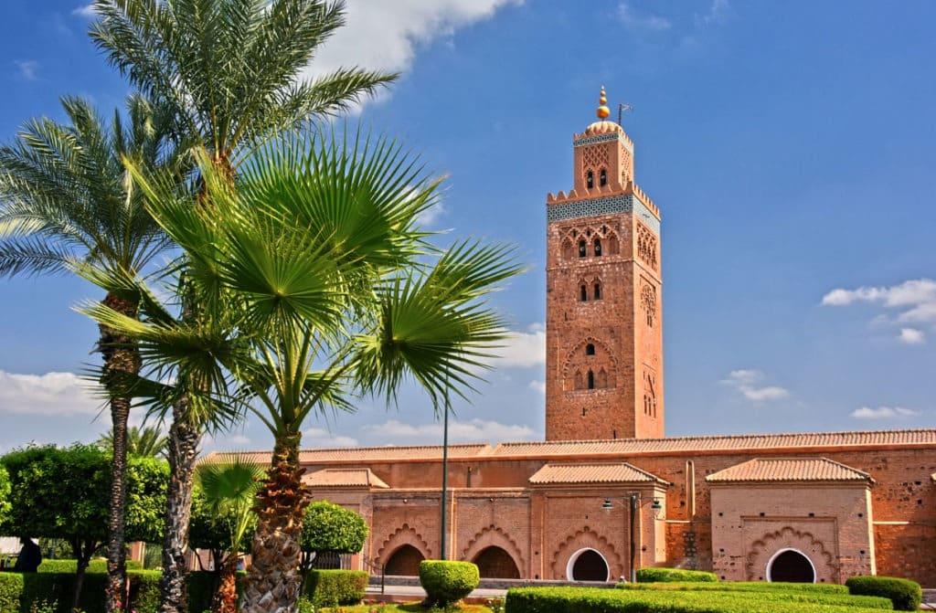 Agadirin rannalta Atlaksen korkeuksiin - Marokon opastettu matka Agadir-Marrakesh