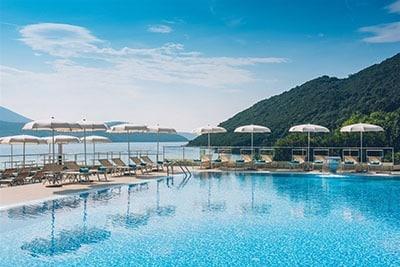 Hyvä hotelli Montenegrossa